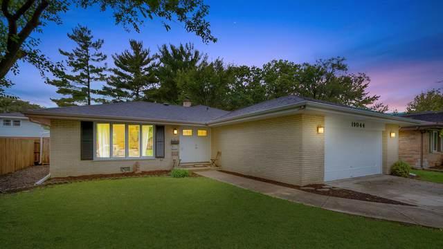 19044 Center Avenue, Homewood, IL 60430 (MLS #11246558) :: Littlefield Group
