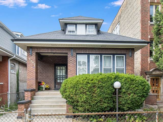 7742 S Hermitage Avenue, Chicago, IL 60620 (MLS #11246575) :: Littlefield Group