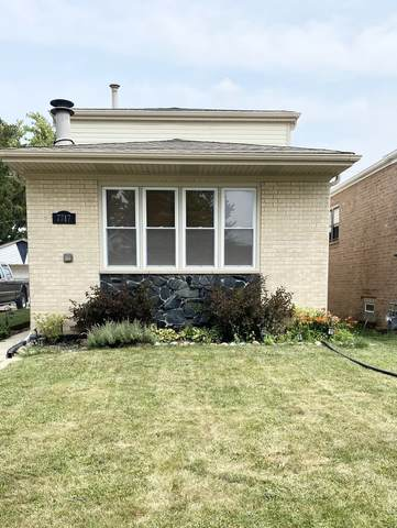 7717 Austin Avenue, Burbank, IL 60459 (MLS #11247021) :: Rossi and Taylor Realty Group