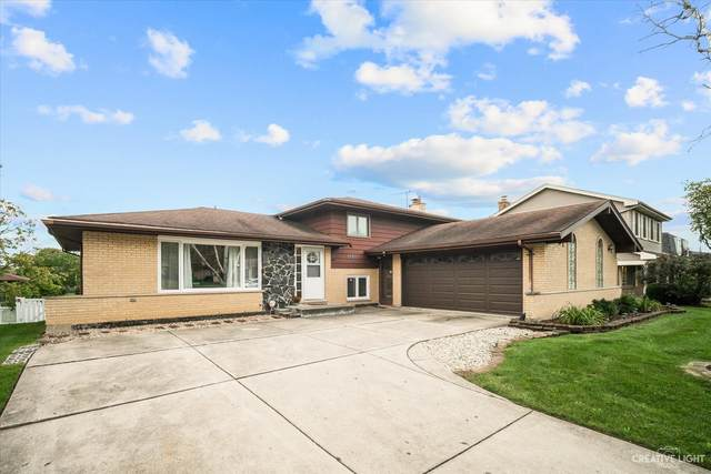 7705 Stratford Place, Darien, IL 60561 (MLS #11247149) :: John Lyons Real Estate