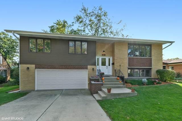8705 Lynwood Drive, Hickory Hills, IL 60457 (MLS #11247254) :: John Lyons Real Estate