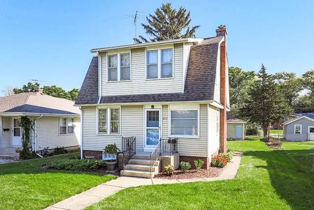 826 N Center Street, Naperville, IL 60563 (MLS #11247287) :: John Lyons Real Estate