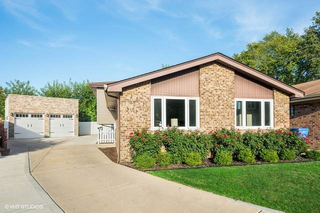 7151 N Sioux Court, Chicago, IL 60646 (MLS #11247470) :: John Lyons Real Estate