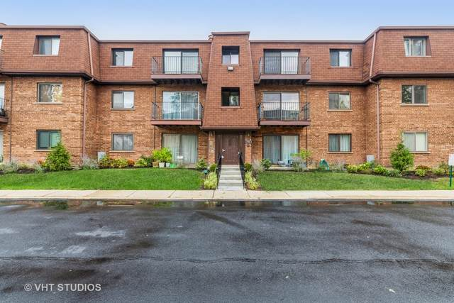 702 Cobblestone Circle D, Glenview, IL 60025 (MLS #11247489) :: The Wexler Group at Keller Williams Preferred Realty