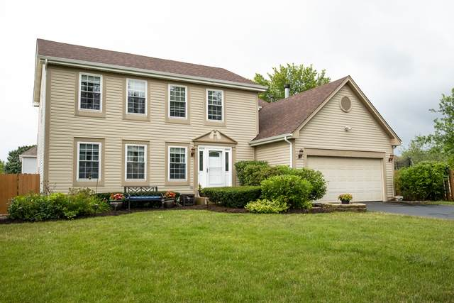 1200 Easton Drive, Carol Stream, IL 60188 (MLS #11247775) :: Rossi and Taylor Realty Group