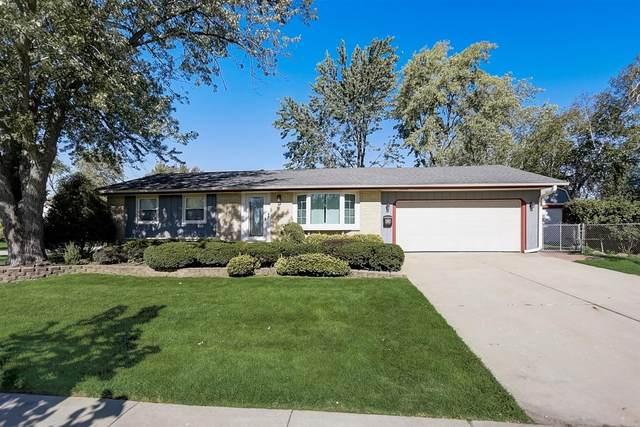 1630 Hartmann Drive, Schaumburg, IL 60193 (MLS #11247826) :: John Lyons Real Estate