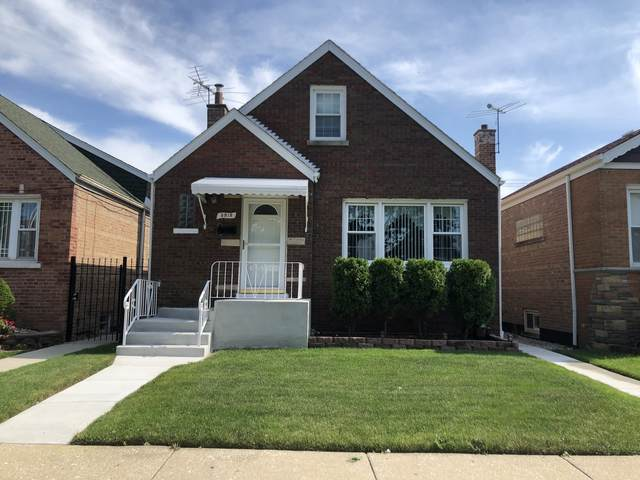 3915 W 70th Place, Chicago, IL 60629 (MLS #11247881) :: John Lyons Real Estate