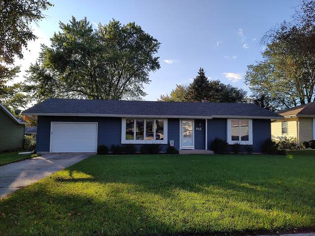 942 Wiltshire Drive, Mchenry, IL 60050 (MLS #11248459) :: Suburban Life Realty