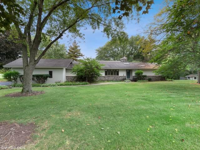 67 Round Barn Road, Barrington Hills, IL 60010 (MLS #11248479) :: John Lyons Real Estate