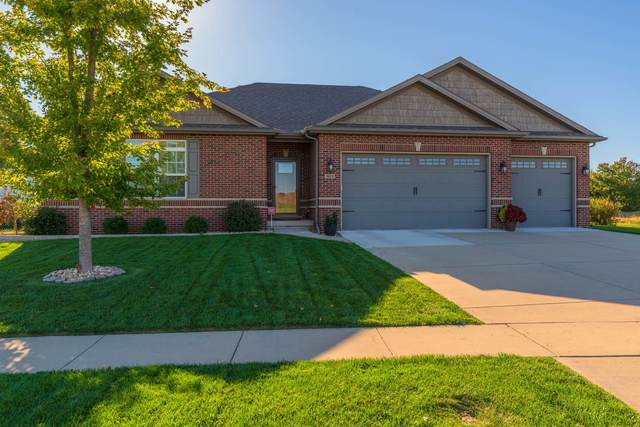 2611 Piney Run, Bloomington, IL 61705 (MLS #11248485) :: The Wexler Group at Keller Williams Preferred Realty