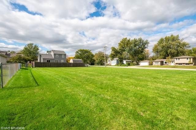 7902 Apache Lane, Woodridge, IL 60517 (MLS #11248508) :: Suburban Life Realty