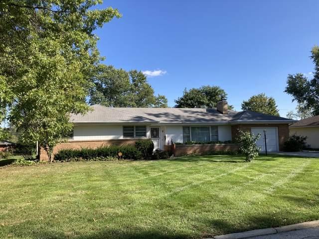 8 Grandview Drive, Normal, IL 61761 (MLS #11248529) :: John Lyons Real Estate