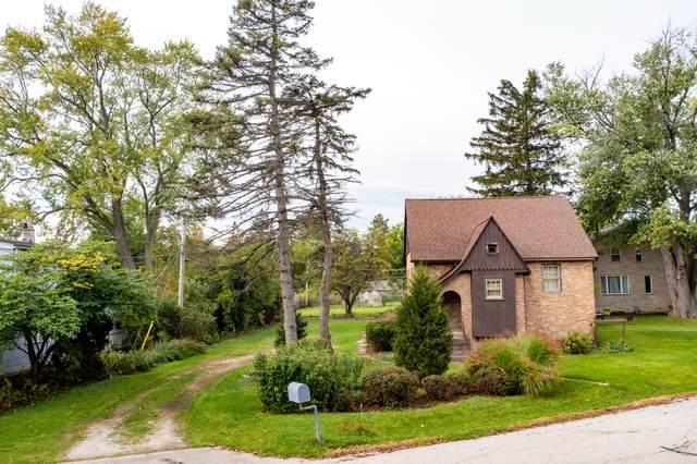 272 Woodland Drive, Mount Prospect, IL 60056 (MLS #11248674) :: Angela Walker Homes Real Estate Group