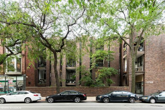 1750 N Wells Street #302, Chicago, IL 60614 (MLS #11249208) :: Lux Home Chicago