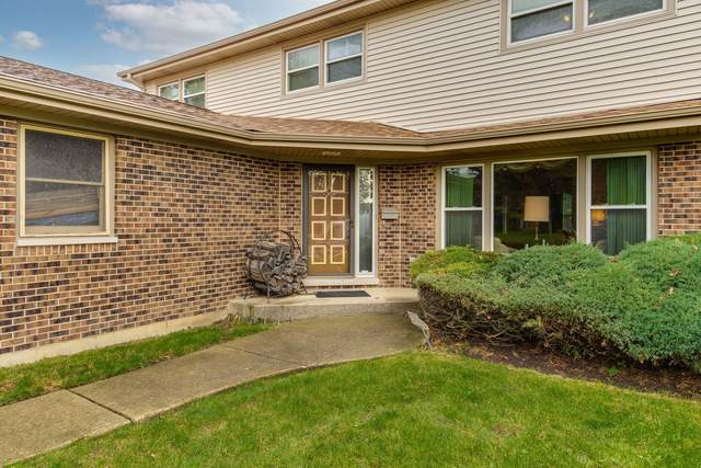 9139 Dr Korczak Drive, Skokie, IL 60076 (MLS #11249236) :: John Lyons Real Estate