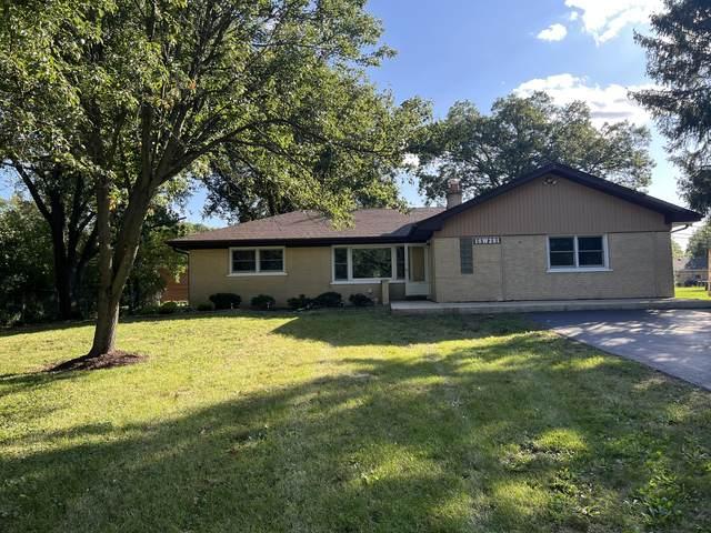 16W281 94th Street, Burr Ridge, IL 60527 (MLS #11249589) :: Signature Homes • Compass