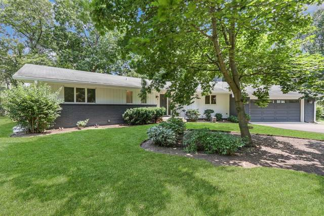 26945 N Longwood Road, Lake Forest, IL 60045 (MLS #11249921) :: John Lyons Real Estate