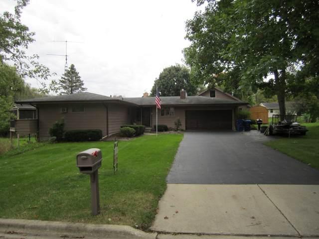 128 Manor Drive, Dekalb, IL 60115 (MLS #11250365) :: John Lyons Real Estate
