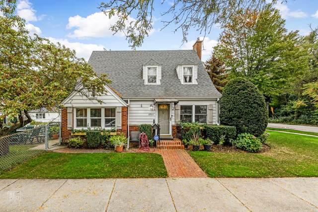 8901 Long Avenue, Skokie, IL 60077 (MLS #11250508) :: John Lyons Real Estate