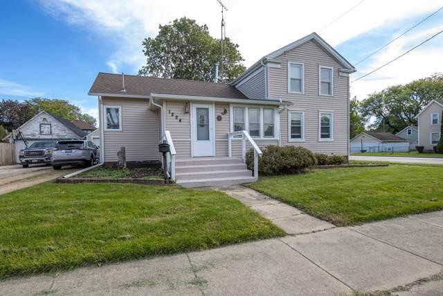 1224 Pearl Street, Belvidere, IL 61008 (MLS #11250851) :: John Lyons Real Estate