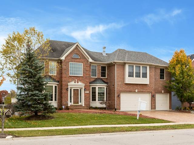 26W351 Glen Eagles Drive, Winfield, IL 60190 (MLS #11250949) :: The Wexler Group at Keller Williams Preferred Realty