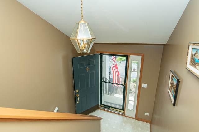 2226 Scott Lane #2226, Aurora, IL 60502 (MLS #11252195) :: Ryan Dallas Real Estate