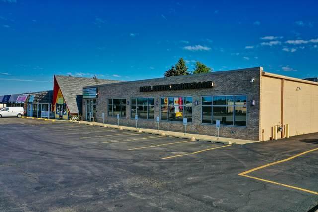 201 E Veterans Parkway, Yorkville, IL 60560 (MLS #11252353) :: Jacqui Miller Homes