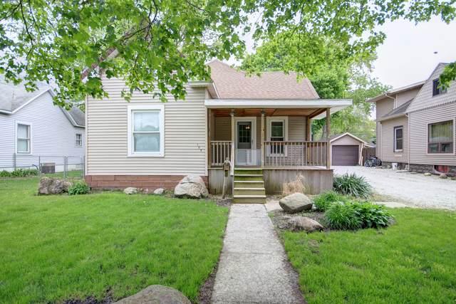 105 S Richman Street, VILLA GROVE, IL 61956 (MLS #11252399) :: Ryan Dallas Real Estate