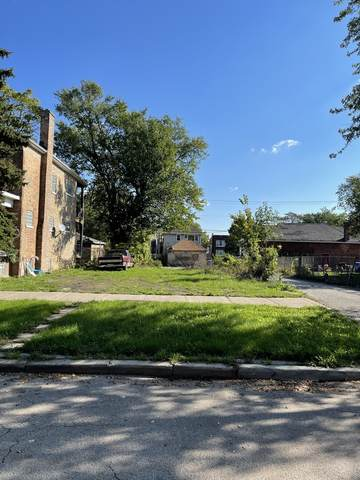11361 S Indiana Avenue, Chicago, IL 60628 (MLS #11252441) :: John Lyons Real Estate