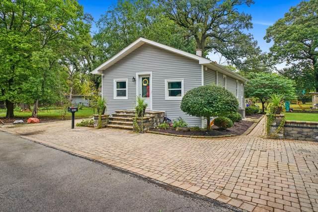 3815 Columbus Boulevard, Riverside, IL 60546 (MLS #11252614) :: John Lyons Real Estate