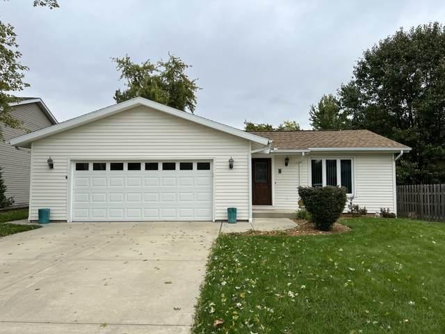 2 Ivey Court, Bloomington, IL 61701 (MLS #11252666) :: Jacqui Miller Homes