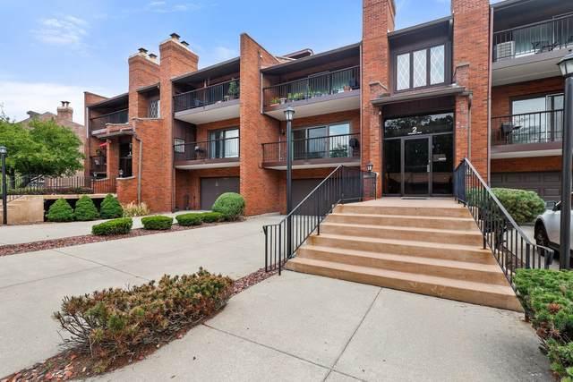 2 Cinnamon Creek Drive 2N, Palos Hills, IL 60465 (MLS #11252974) :: Ryan Dallas Real Estate