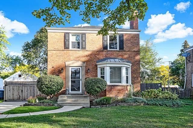 Clarendon Hills, IL 60514 :: Signature Homes • Compass