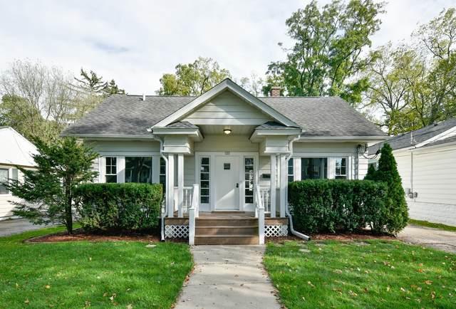 135 N Hager Avenue, Barrington, IL 60010 (MLS #11253328) :: John Lyons Real Estate