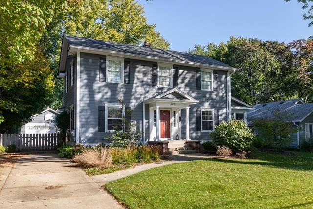 329 Illinois Avenue, Batavia, IL 60510 (MLS #11253423) :: John Lyons Real Estate