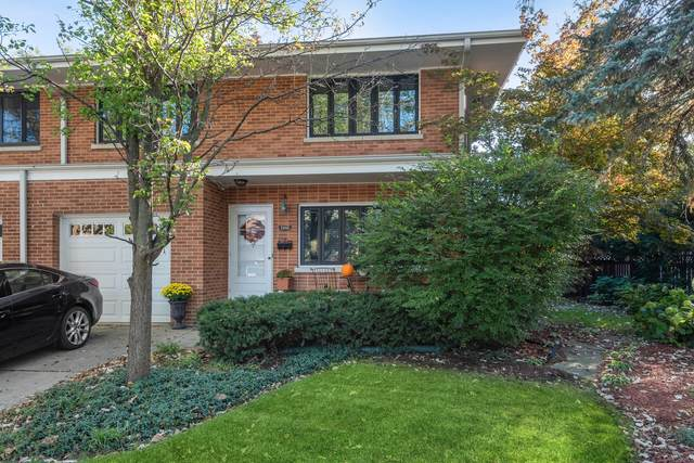 2545 Lawndale Avenue, Evanston, IL 60201 (MLS #11253639) :: Littlefield Group