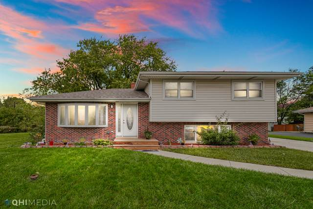 322 Plainfield Road, Darien, IL 60561 (MLS #11253776) :: John Lyons Real Estate