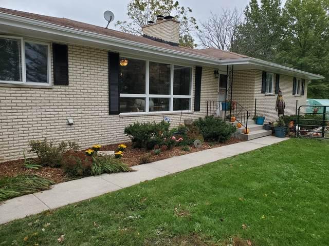 1810 Bemes Road, Crete, IL 60417 (MLS #11253902) :: Helen Oliveri Real Estate