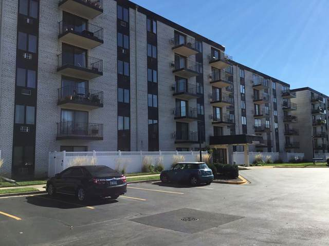 9737 N Fox Glen Drive 5E, Niles, IL 60714 (MLS #11254492) :: The Wexler Group at Keller Williams Preferred Realty