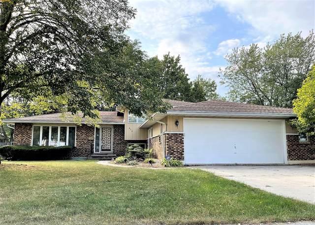 636 Longview Drive, Antioch, IL 60002 (MLS #11255113) :: O'Neil Property Group
