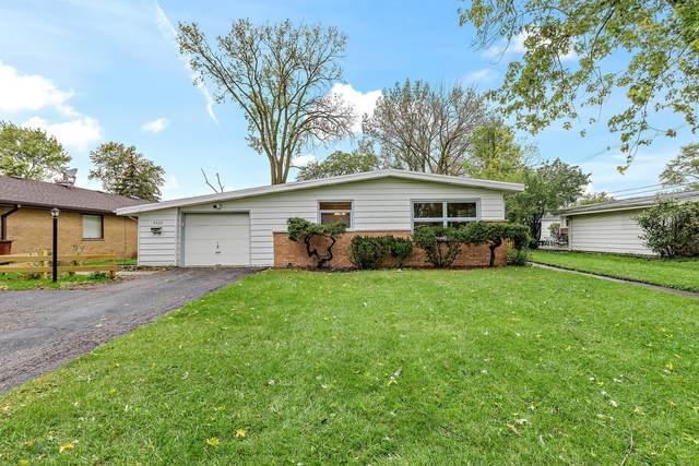 4622 Larch Avenue, Glenview, IL 60025 (MLS #11255665) :: Littlefield Group