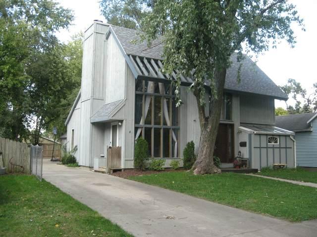 315 W Sherman Avenue, Pontiac, IL 61764 (MLS #11255713) :: The Wexler Group at Keller Williams Preferred Realty