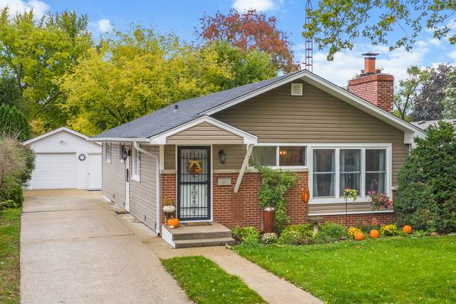 915 Kenilworth Place, Aurora, IL 60506 (MLS #11257028) :: NextHome Select Realty