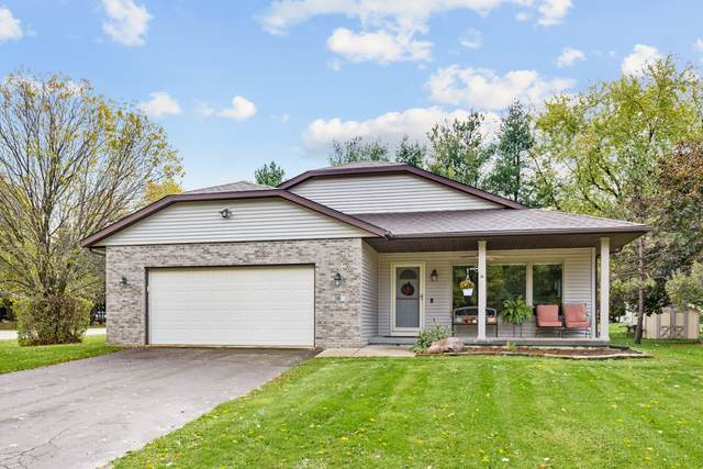 10 King Henry Road SE, Poplar Grove, IL 61065 (MLS #11257093) :: NextHome Select Realty