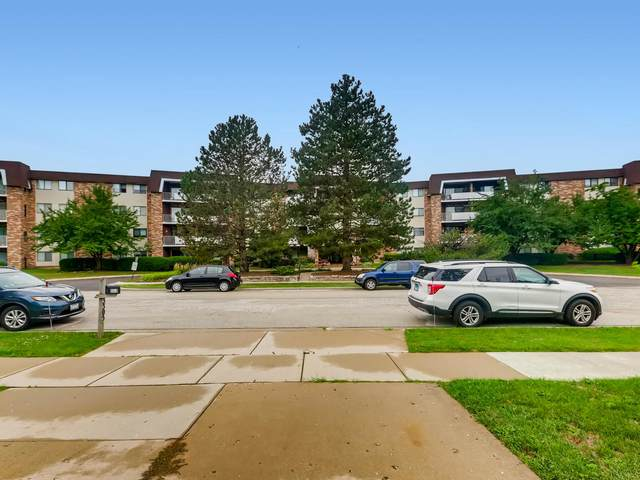 3300 N Carriageway Drive #108, Arlington Heights, IL 60004 (MLS #11257136) :: Littlefield Group