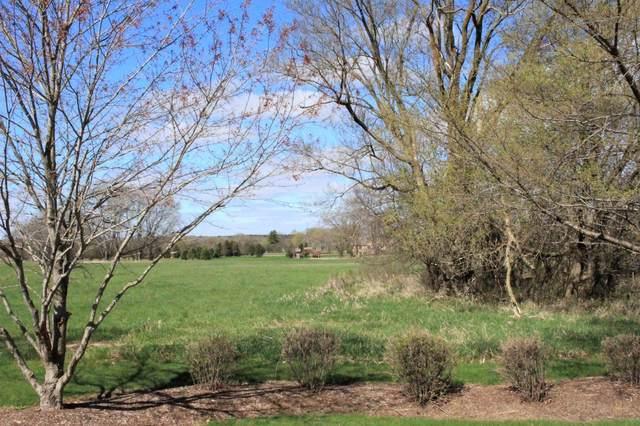 22 Peraino Circle, Barrington Hills, IL 60010 (MLS #10683171) :: Helen Oliveri Real Estate