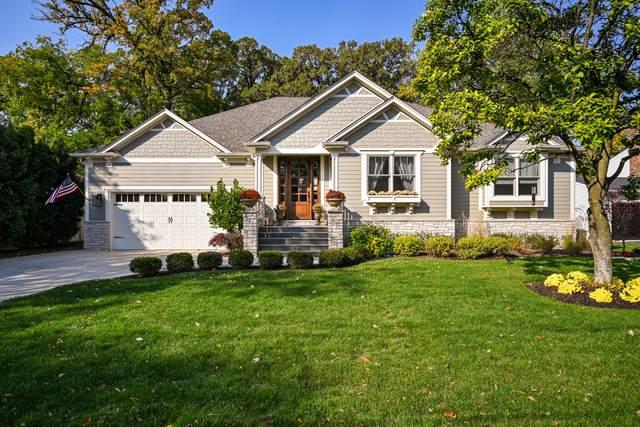 450 Longfellow Avenue, Glen Ellyn, IL 60137 (MLS #10858595) :: Schoon Family Group