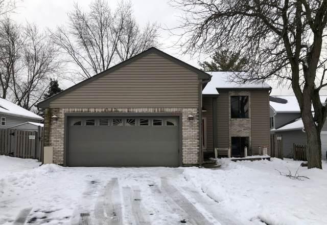 2441 Hedge Row Drive, Aurora, IL 60502 (MLS #10935524) :: Lewke Partners