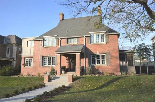 925 N East Avenue, Oak Park, IL 60302 (MLS #10940884) :: Helen Oliveri Real Estate