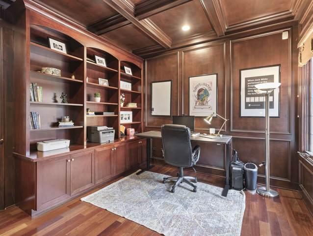 852 Lilac Lane, Naperville, IL 60540 (MLS #10950185) :: John Lyons Real Estate